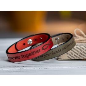 Червоний вузький браслет  з гравіюванням
